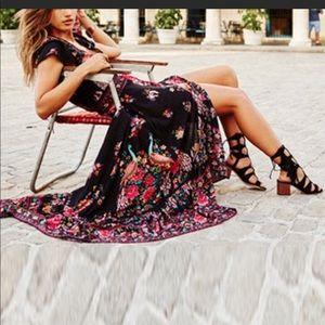 Beautiful Boho Maxi Floral NWT